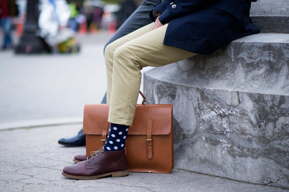 Messieurs, comment bien porter vos chaussettes?