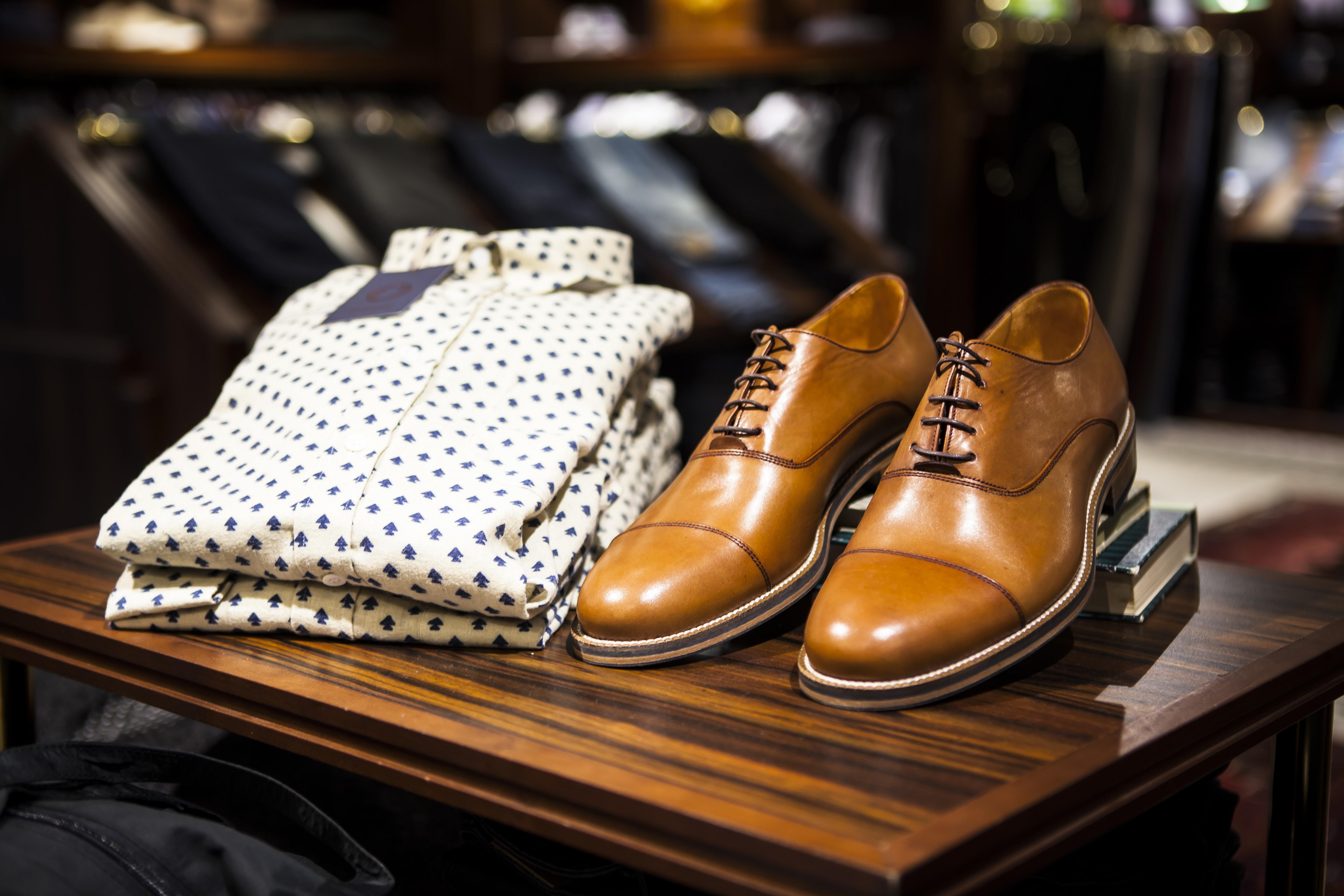 Comment bien choisir des chaussures grandes tailles ?