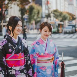 Le Kimono et le Yakuta : les 2 vêtements tendance de la mode japonaise à porter cet été
